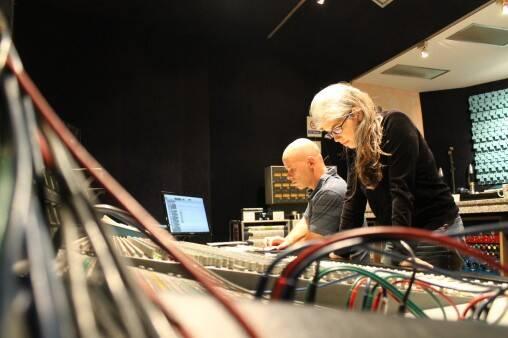 スタジオはエルピエというスタジオでした。ファコンドとフローレンシア