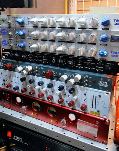 chameleon labs 7602 mk2 3 neve rock on company. Black Bedroom Furniture Sets. Home Design Ideas