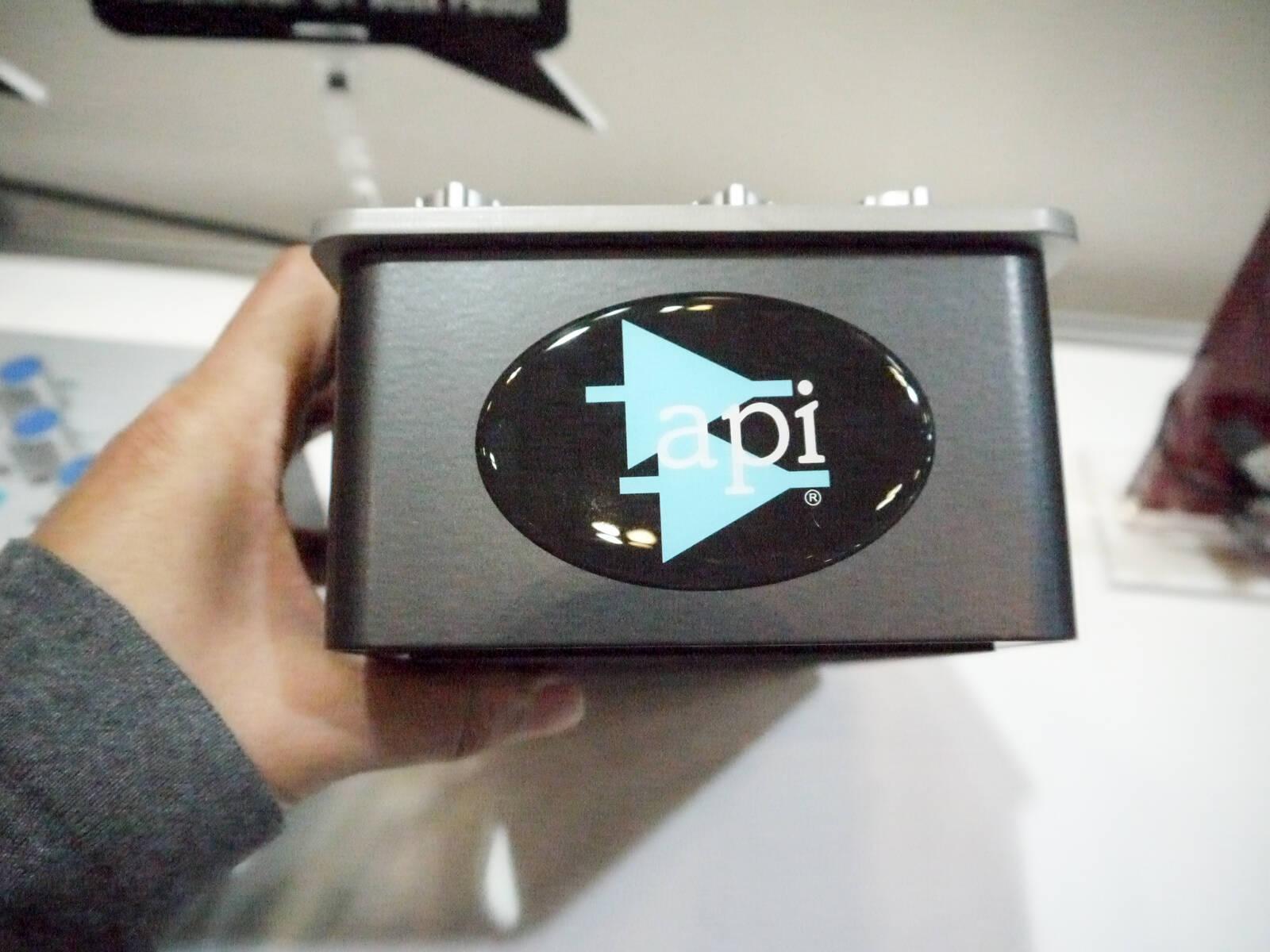API ToranZformer GT 背面接写