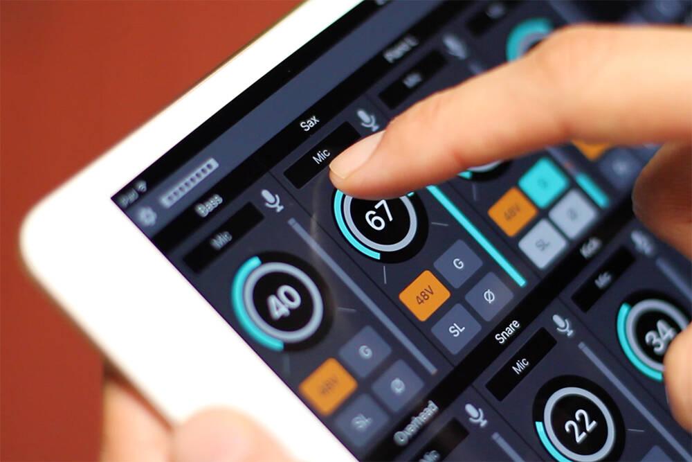element-control-ipad-closeup