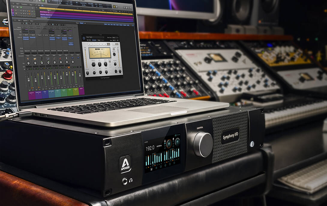 【1090*687】 -IO-MkII-Pro-Studio-MacBook-Pro-Logic